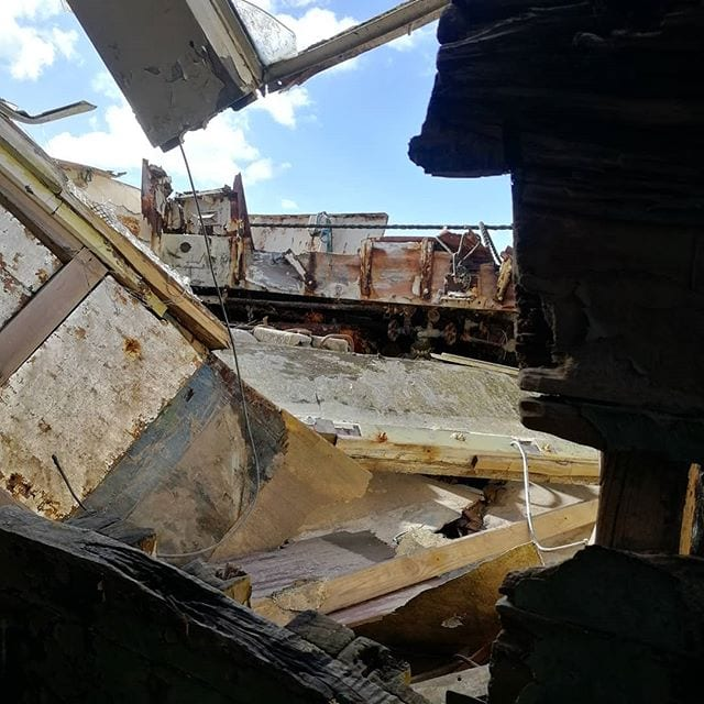 Abandoned Boats - Boat Wreck