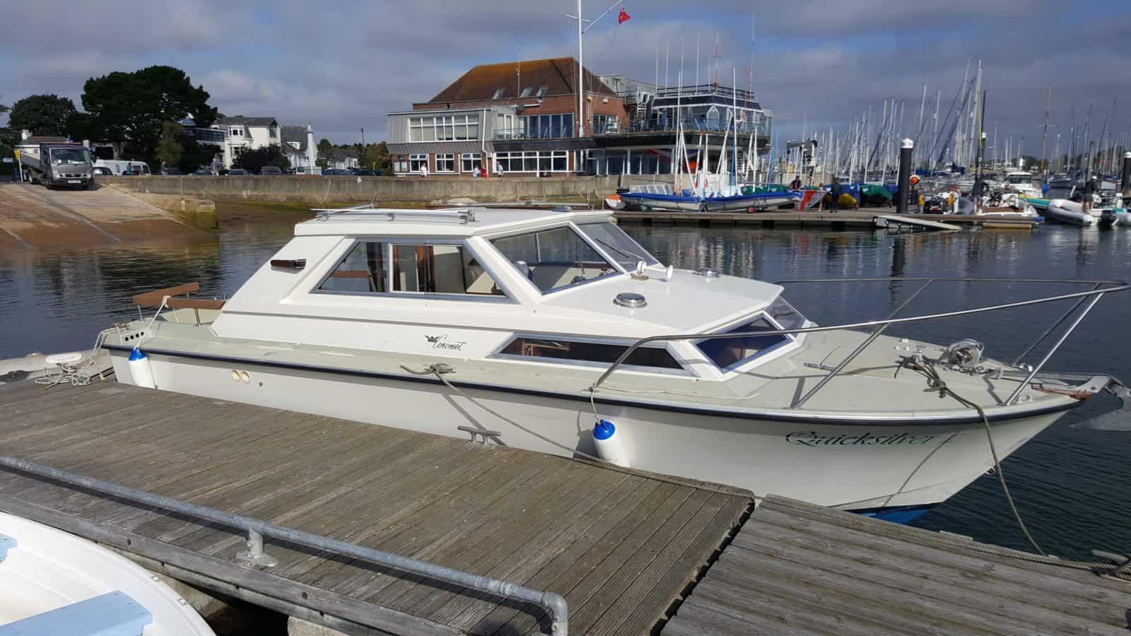 Coronet Family 24 Boat