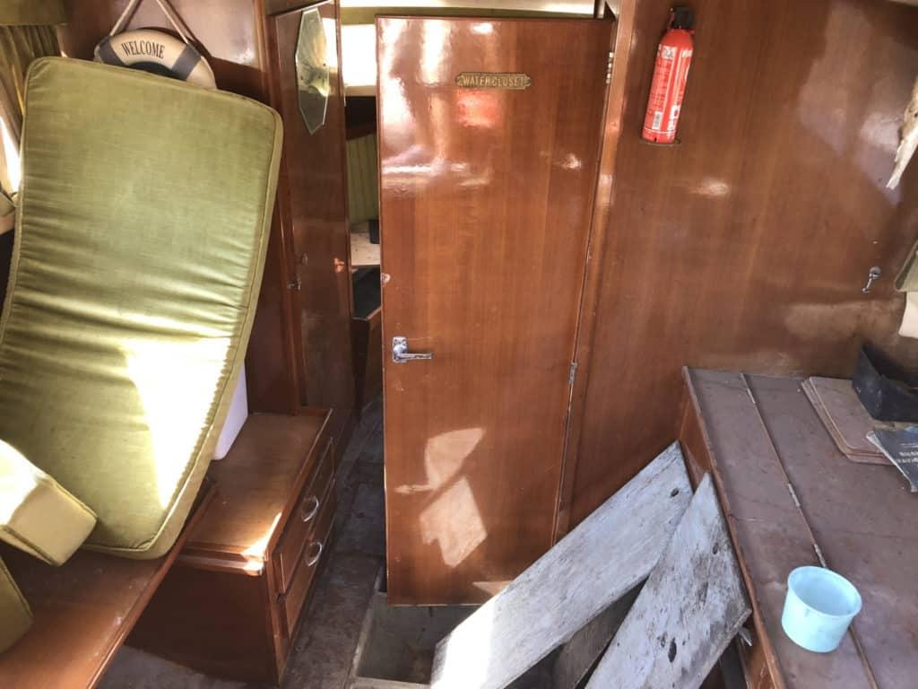 lake cruiser cabin