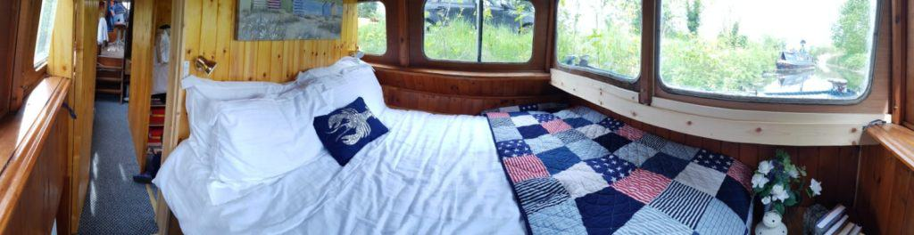 Liveaboard Bedroom